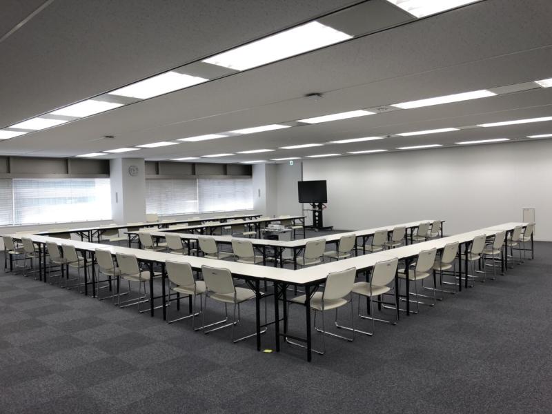 大阪でテーブル椅子をレンタルするなら!