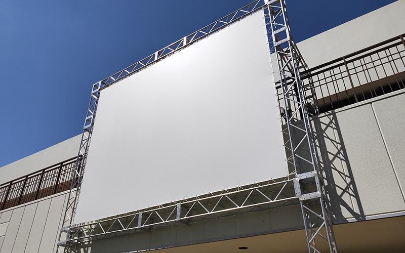 大型スクリーンの現場写真